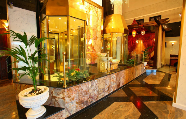 Stock Photo: Luxurious Hotel Dubai  - Arabian Courtyard Hotel & Spa - Dubai, UAE